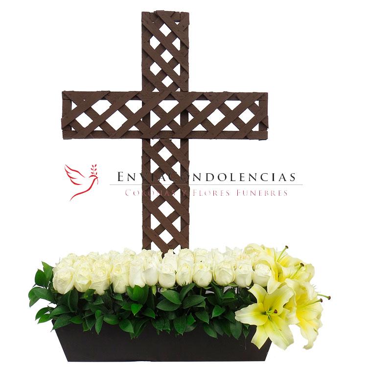 Cruz Descanso en Dios